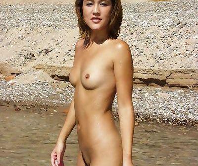 Cami Waldeck