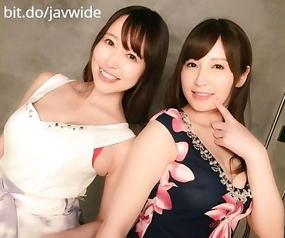 pretty japanese babes