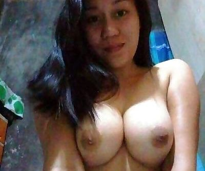 Hot Pinoy selfshot big tits