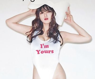 sexy korean model in high cut..