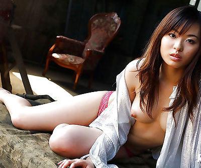 Adorable asian babe Hikaru Koto..
