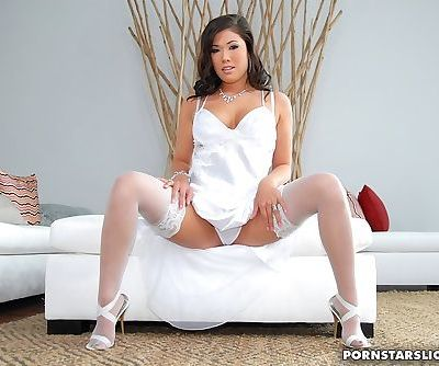 Hot Asian pornstar in stockings..