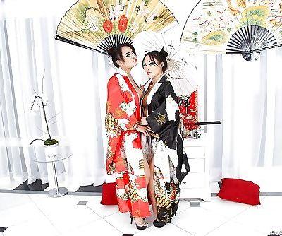 Asian vixens Annie Cruz & Asa..