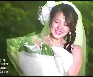Esposa recién casada follada VER..