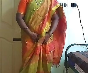 Indian desi maid..