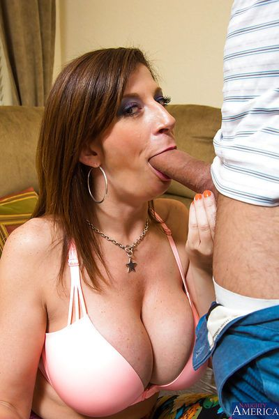 Brunette babe with big tits Sara is a magnificent blowjob giver - part 2
