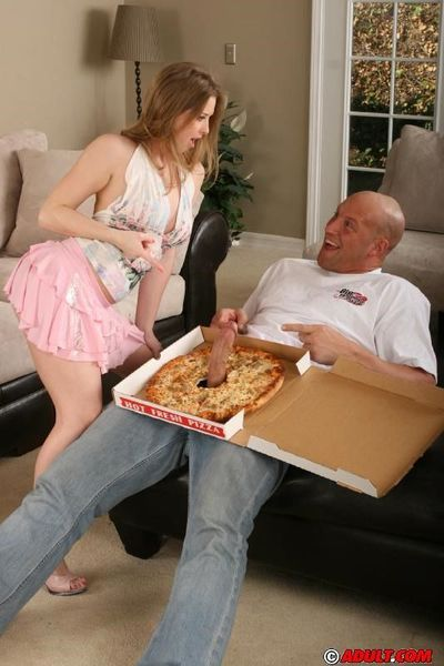 Sunny Lane gets fucked by pizza-guy for a cumshot on her tits and tongue