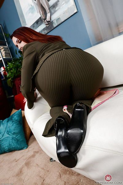 Redheaded woman Crystal Rayne spreading shaved cunt wide for Aunt Judy
