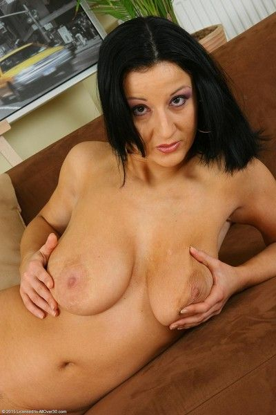 Busty mature brenda toying