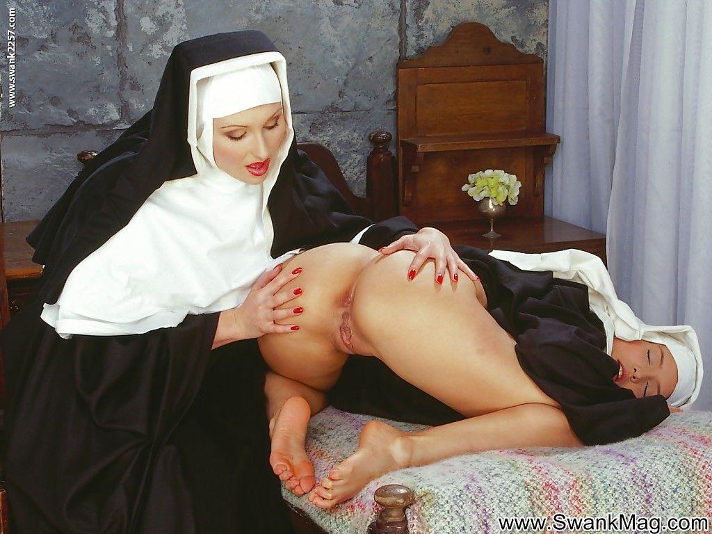 Порно видео с монахинями