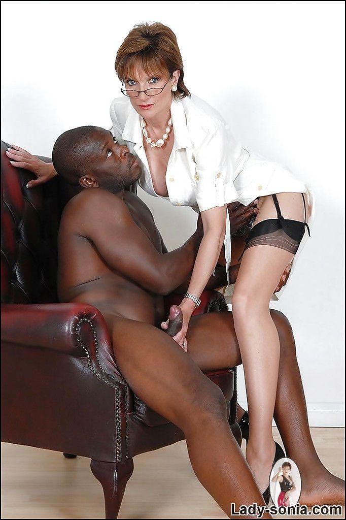 Порно зрелые леди с неграми 27450 фотография