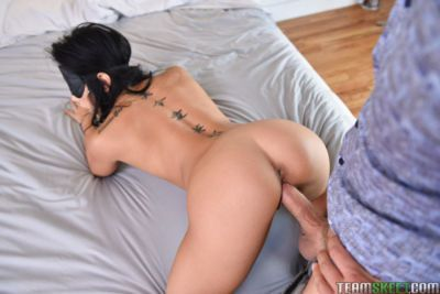 Asian pornstar with black hair takes a ride on a massive pecker and eats jizz