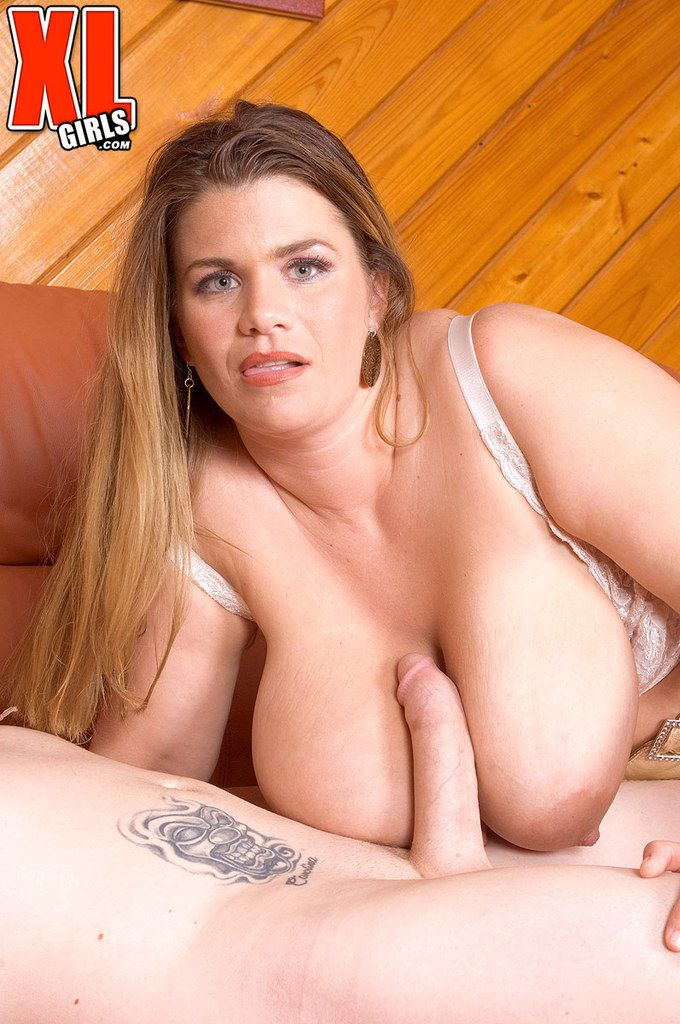Sultry BBW angel with a big booty gets her pantyhose ripped and fucked rough