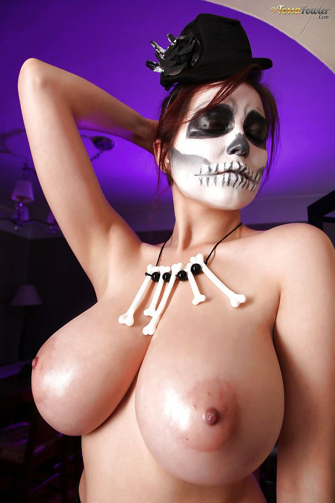 Cosplay babe Tessa Fowler showing of large pornstar tits and erect nipples