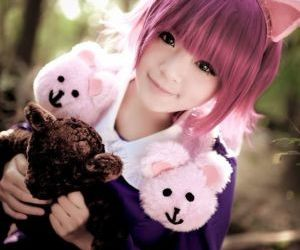 Picture- via LOL CosplaySource:..