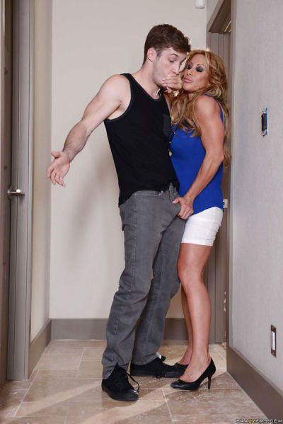 Mature mom Janet Mason has her old pussy nailed hardcore in high heels
