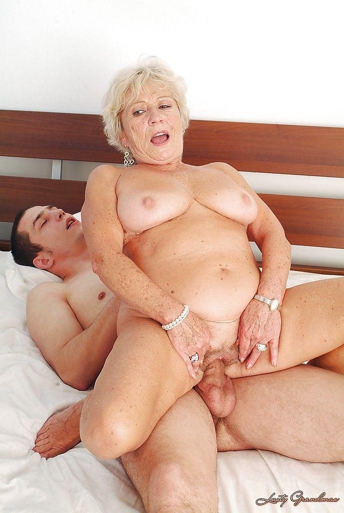порнофото бабушки и старухи