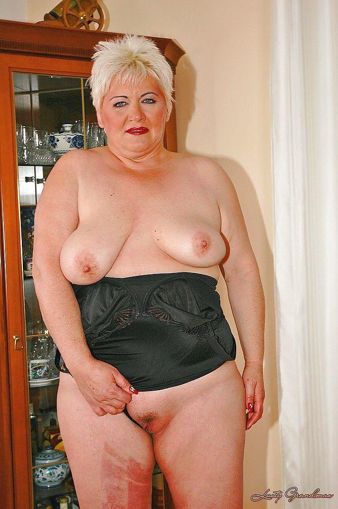 Фотогалерея голых старых женщин
