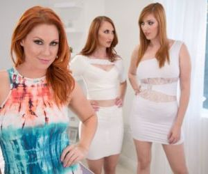 Redhead housewives finish a lesbian threesome by grinding..