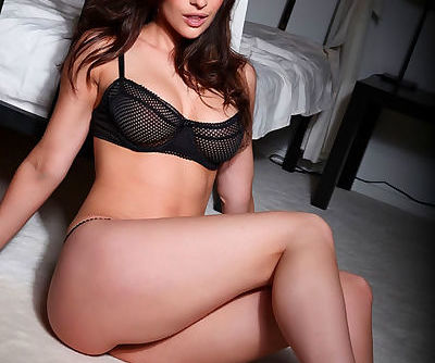 Big natural tits look perky in..