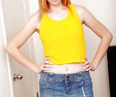 Skinny teen amateur Zoey Parker..