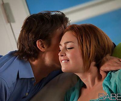 Jodi Taylor enjoys a passionate..