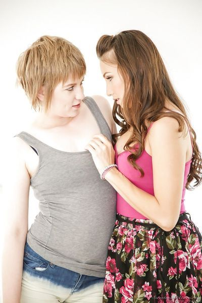 Hot ass lesbian girls Celeste Star & Alani Pi kissing pussy in hot 69
