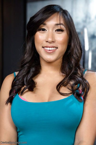 Kinky Asian bondage babe Mia Li taking hardcore spanking blindfolded