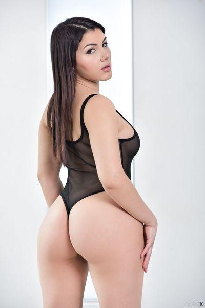 Top pornstar Valentina Nappi peels see thru onesie away from curvy assets