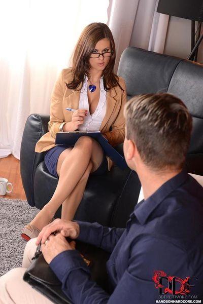 Busty stocking attired Euro therapist Billie Star taking hardcore anal sex