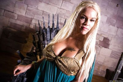 Blonde babe Peta Jensen releasing large tits from cosplay outfit