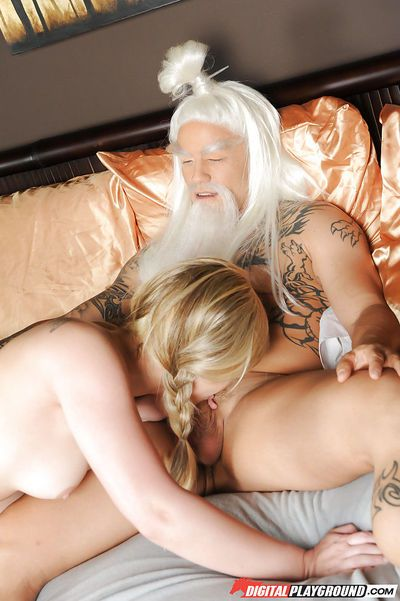 Hot blonde babe Dani Daniels deepthroating older man