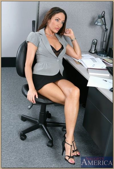 Gorgeous MILF Michelle Lay gets fucked by her employee in the office