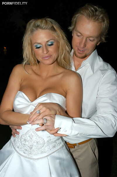 Bride Brooke Belle reveals round big tits & sucking skills on wedding night