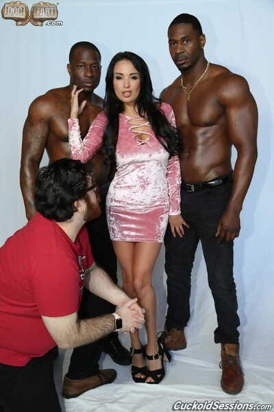 Hot brunette wife fucks black men in front of her cuckold husband