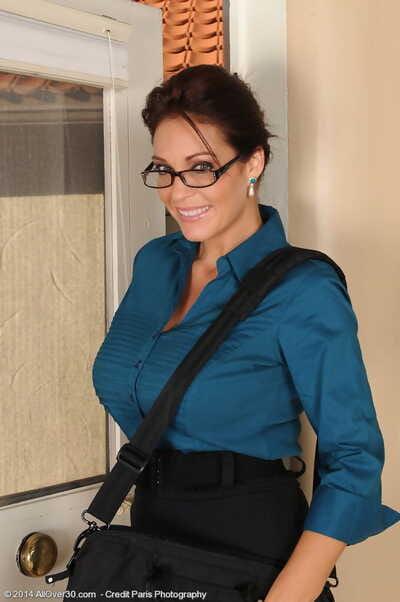 Hot brunette MILF in glasses Charlee Chase baring her huge big tits to finger