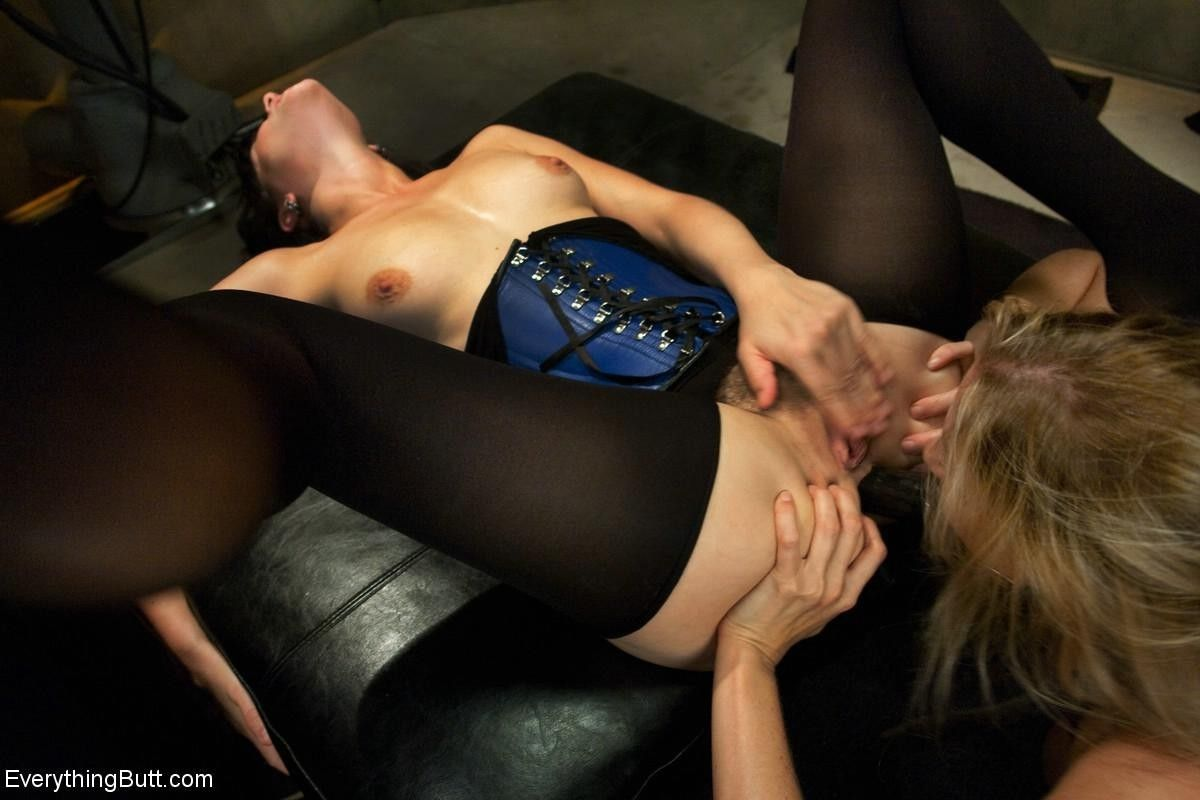 Julia ann dominated and ass fucked by bobbi starr and john strong