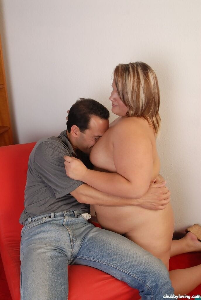 Fatty Kristina is getting drilled hard by this such a small cock