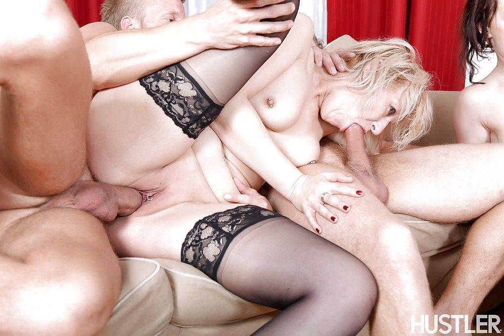 Perfect blowjobs done by Sweet Cat- Samantha White and Diamond Emma