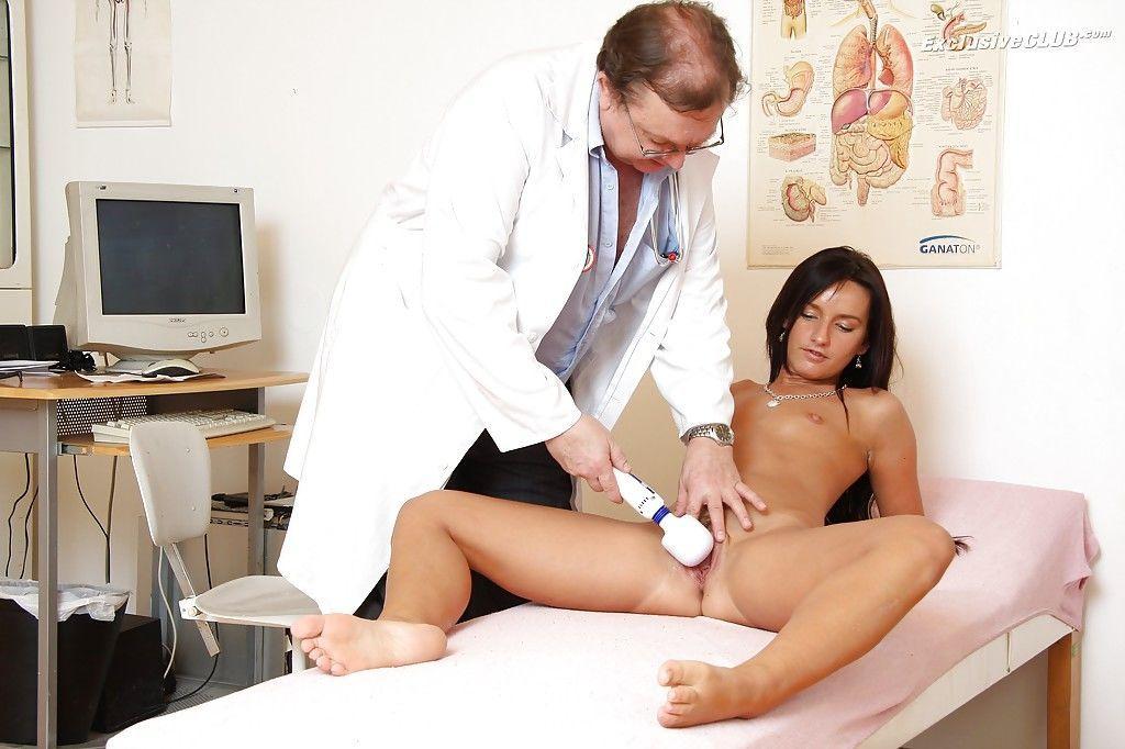 русское порно пришла к гинекологу