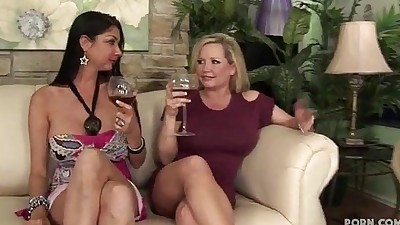 3 Sexy Cougar Sluts on Tilt Team..