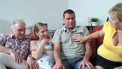 1 나 이상한 가족
