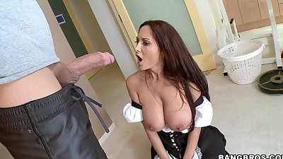 Sexy MILF in Maid OutfitHD
