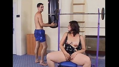 Mature slut wants a cock to ride..