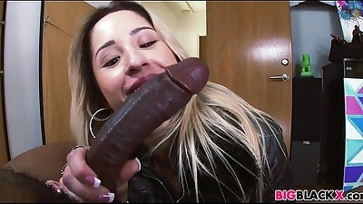 Goldie Rush gets a huge black cock