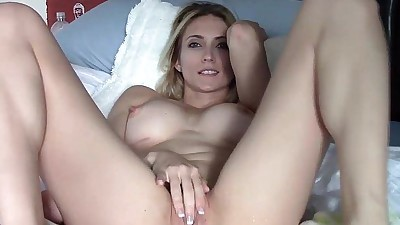 Absolutely perfect blonde squirts..