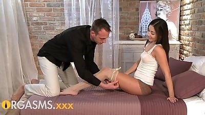 ORGASMS Sexy young brunette..