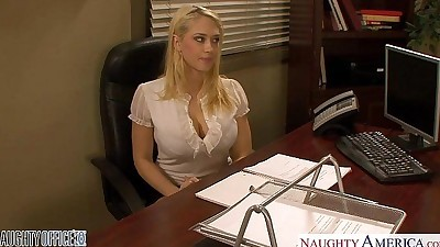Blondes Kagney Linn Karter and..