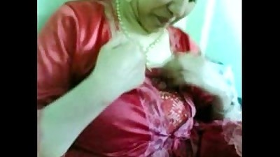 Indian Desi Housewife Showing..