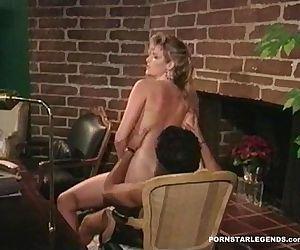 Bigtit slut being banged in her..